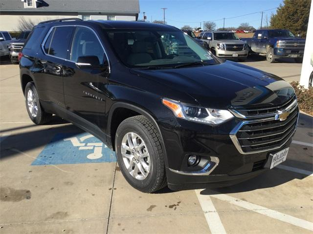 new Black Metallic 2019 Chevrolet Traverse LT Cloth with Jet Black Interior located in Durant